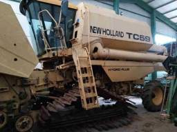 Colheitadeira New Holland TC59 | Ano 2000