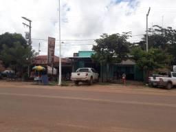 Ponto comercial na entrada da cidade