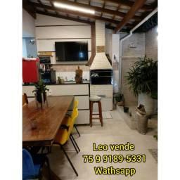 Leo vende, 3 suítes, 1 closet, planejados e área goumert