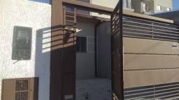 Venda - Casa nova, Térrea com 3 quartos, suite, quintal e garagem no Bonfim