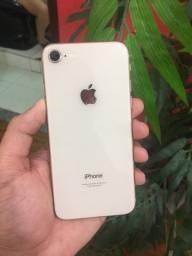iPhone 8 Com garantia (divido no cartão)