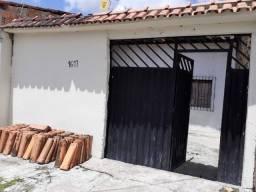.vendo uma casa no Guajará 1
