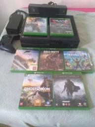 Xbox one , 500gb ,  com Kinect , 7 jogos de mídia física
