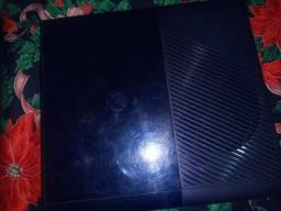Título do anúncio: Vendo Xbox 360 com uma manete kinete 48 jogos