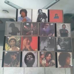 C. de 15 CDS Djavan + Brinde (headfone JBL)