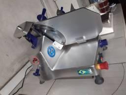 Cortador de frios semi automatica Gural