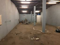 Aluga-se: Salão comercial para alugar em Caruaru.