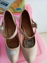 Sapato vizzano 34 novo