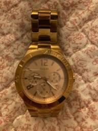 Relógio guess cor rosé