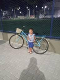Vendo bicicleta  semi nova moro em Linhares