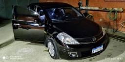 Nissan Tiida sedan 1.8f