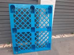 Palete de plástico ultra resistente 1,20 x 1metro