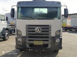 Caminhão 17.190 no Chassi 2012