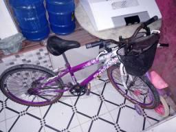 Bicicleta em pefeito estado