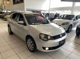 VOLKSWAGEN POLO SEDAN 1.6 8v(TotalFlex) 4P