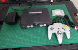 Nintendo 64 original com controle e game de brinde