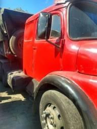 Caminhão caçamba 58 mil