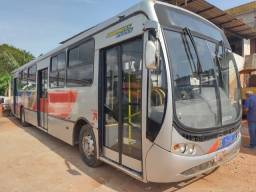 Ônibus Mercedes Benz 1722 45 lugares fs caminhoes