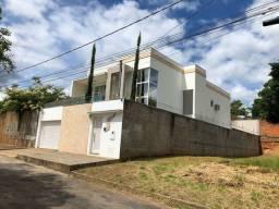 Casa maravilhosa no Ibituruna - direto com o dono