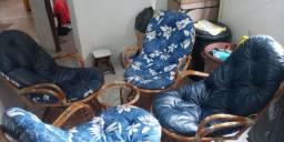Vendo Cadeiras de Bambu Giratórias