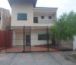 Alugou Casa 3/4 no bairro Muchila