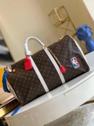 Bolsa Louis Vuitton Keepall NBA
