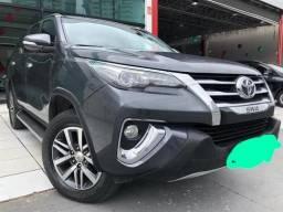 Toyota Hilux HILUX SW4 SRX 4X4 2.8 TDI 16V DIES