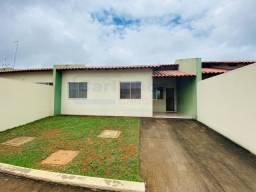 Casa em Mateus leme com 2 dormitórios e uma Área de serviço coberta