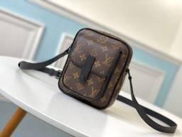Shouder Bag Louis Vuitton Masculina