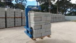 Garfos ou Porta Pallet p/ Caminhão com Munck Guindaste 2500kg (azul)
