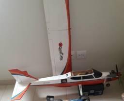 Aeromodelo Avista Elite