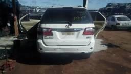 Toyota Hilux SW4 2011 para retirada de peças - 2011
