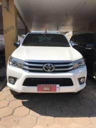 Toyota HILUX SRX na líder veículos - 2018