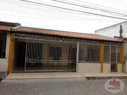 Casa para venda no bairro Cidade Nova com 3 quartos.