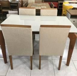 Mesa de jantar ágape