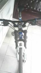 Bike ultimate 29 troco por 3 pinchers