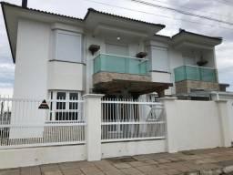 P (IC84) Duplex em Tramandaí, 4 quartos