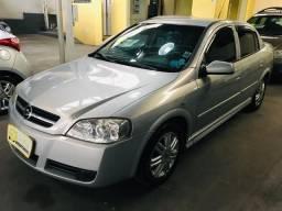 Astra Sedan 2.0 Cd 2003 Automático - 2003