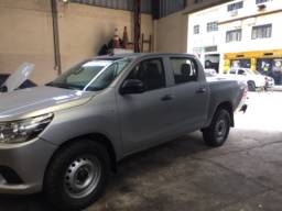 Hilux 4x4. CD. 2.8 . Diesel l manual