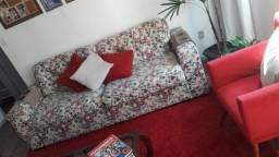 Sofá Harrys Tok&Stok 3 lugares, serve de cama + mesa de centro de madeira maciça