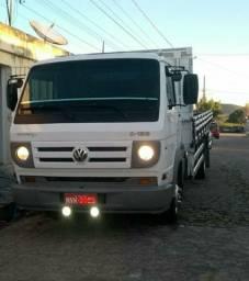 Caminhão 8.150 deliveryplus 2011
