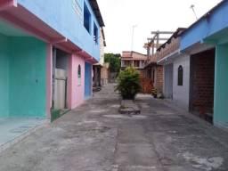 Aluga-se uma casa em Dias D Ávila-ba