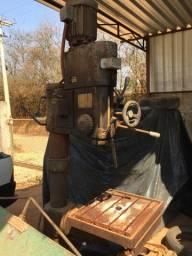 Furadeira Kone K-38 e Dobradeira Bergma 2,1 m lisa