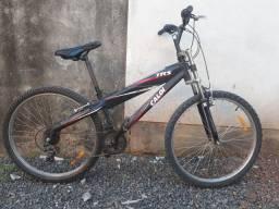 Bike usada aro 26 e quadro alumínio