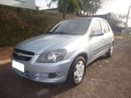 Carro>celta1.0 LT 8V ano >2011