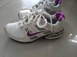 Tênis Nike feminino Air Max LTE2