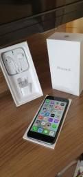 IPhone 8 64 gigas acompanha carregador , fone e caixa