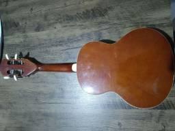 Cavaquinho phx ,usado poucas vezes .