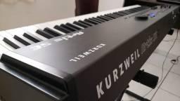 Teclado 88 Teclas de Piano KURZWEIL arts SE  $ 5.000