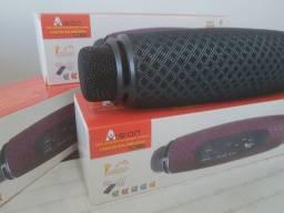 Caixa Amplificada com microfone acoplado